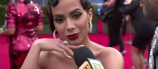 Anitta passa mal em show e fãs especulam gravidez. (Arquivo Blasting News)