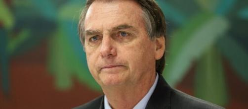 Bolsonaro usou fake news para explicar críticas da jornanalista Vera Magalhães. (Arquivo Blasting News)