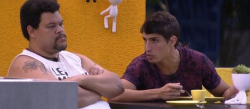 Prior e Babu falam sobre voto em Pyong. ( Reprodução/TV Globo )