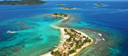 Cayos cochinos, la isla que da vida al escenario de supervivientes