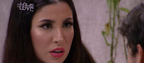 """Boca Rosa é """"cancelada"""" na web após recusar ficar ao lado das mulheres. (Reprodução/TV Globo)"""