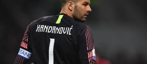 Inter, infrazione al mignolo sinistro per Samir Handanovic: derby a rischio.