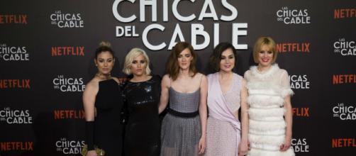 Las chicas del cable' se van de fiesta: ¿quién fue la mejor vestida? - yahoo.com