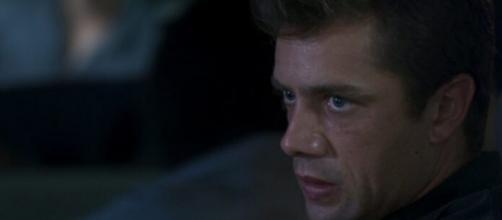 Renzo se alia a Rafael em 'Salve-se Quem Puder'. (Reprodução/TV Globo)