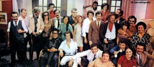 Reunião do elenco que participou da novela 'Irmãos Coragem'. (Divulgação/TV Globo)