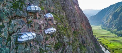 El hotel en Perú está situado a 400 metros de altura, sorprendiendo a sus invitados desde el primer momento