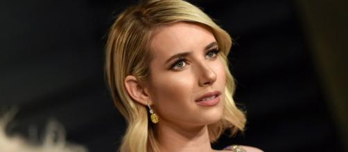 """Emma Roberts Dyes Hair Millennial Pink for """"Paradise Hills""""   Allure - allure.com"""