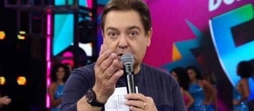 Fausto Silva mandou forças para a amiga Ana Maria Braga, que luta contra um câncer. (Reprodução/TV Globo)