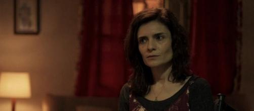 Leila faz de tudo para atrapalhar romance do ex-marido em 'Amor de Mãe'. (Reprodução/TV Globo)
