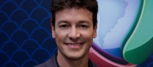 Rodrigo Faro se internou e deixou a web especulando o que poderia ter acontecido. (Reprodução/Record TV).