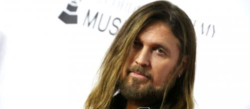 Billy Ray Cyrus fala sobre a possibilidade de spin-off de 'Hannah Montana'. (Arquivo Blasting News)