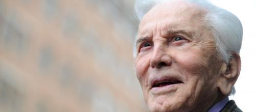 La leyenda del cine Kirk Douglas muere a los 103 años   Noticias ... - andina.pe