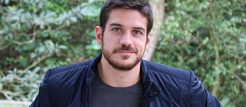 Marcos Pigossi não renovou com a Rede Globo e assinou com o Netflix. (Reprodução/Instagram/@marcopigossi)