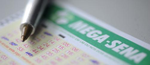 Mega-Sena acumula novamente, e chega a R$ 90 milhões. (Arquivo Blasting News)