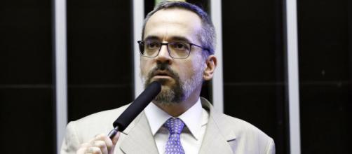 Ministro Abraham Weintraub é o pior que Vélez de acordo com a deputado Tábata Amaral (Arquivo Blasting News)