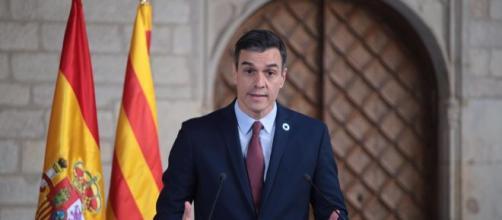 Pedro Sánchez acuerda con Torra iniciar la mesa de diálogo este febrero