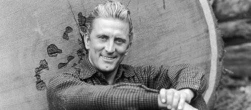 The Evolution of Kirk Douglas | EW.com - ew.com