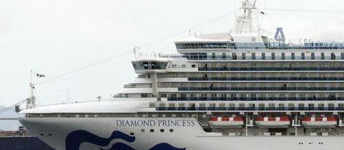 La nave Diamond Princess in quarantena in Giappone.