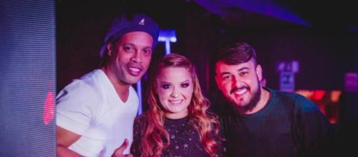 Ronaldinho Gaúcho, Maiara e o irmão dela, Marco Cesar. (Reprodução/Instagram/@maiara)