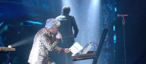 Sanremo, Bugo lascia l'Ariston pochi istanti dopo il via dell'esibizione con Morgan