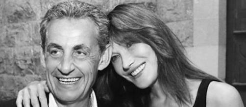 Carla Bruni et Nicolas Sarkozy fêtent leur douze ans de mariage. Credit: Instagram/carlabruniofficial