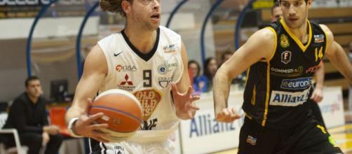 Virtus Segahredo Bologna-Iberostar Tenerife: la finale della Coppa Intercontinentale di basket in diretta streaming su Dazn.