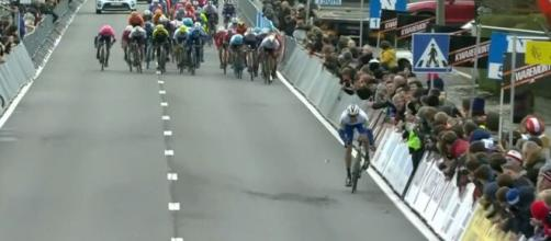 Kasper Asgreen vince la Kuurne Bruxelles Kuurne
