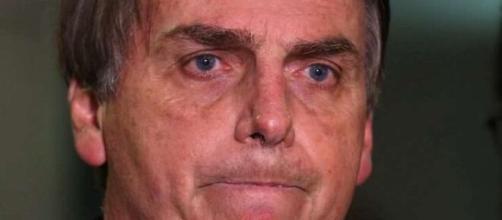 Bolsonaro vai ao Twitter manifestar seu repúdio contra a Globo após reportagem da trans Suzy. (Arquivo Blastin News)