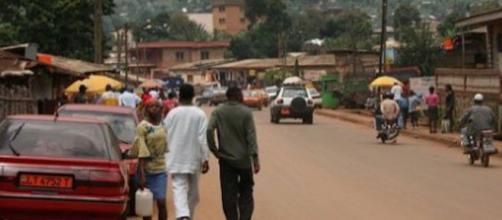 Dans les rues de Bamenda, une attaque a eu lieu. Credit : Flickr