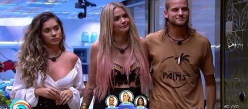 Em sua nova possível final, Marcela escolhe Gizelly e Daniel. ( Reprodução/TV Globo )