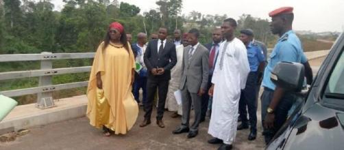 Le Maire de Yaoundé Luc Messi Atangana, Célestine Ketcha Courtes (Minhdu) et Yoki Onana (CAY6) (c) Mairie de Yaoundé 6