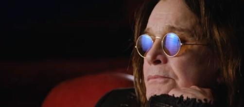 Ozzy Osbourne: una sequenza del video di Ordinary Man