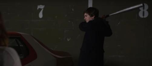 Shaun (Freddie Highmore) takes a swing at Lea's vintage car on 'The Good Doctor,' but unleashes his feelings instead. [Image source: ABC/YouTube]