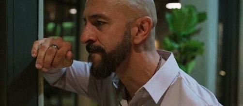 Álvaro será abandonado pela mulher em 'Amor de Mãe'. (Reprodução/TV Globo)