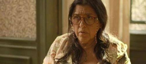 Lurdes vai confirmar profecia sobre Domênico em 'Amor de Mãe'. (Reprodução/TV Globo)