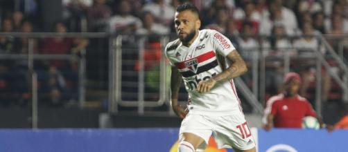 Daniel Alves fez um gol e desequilibrou a partida a favor do Clube da Fé. (Arquivo Blasting News)