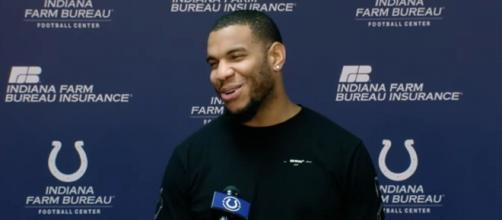 Ebron caught just 31 passes for 375 yards and three scores last season. [Image Source: Indianapolis Colts/YouTube]