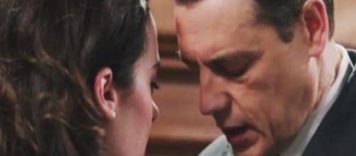 Il Paradiso delle signore, tra Luciano e Clelia riesplode la passione.
