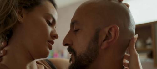 Álvaro vai mandar matar a amante novamente em 'Amor de Mãe'. (Reprodução/TV Globo)