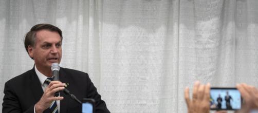 Bolsonaro declara em rede social que seu exame para coronavírus deu negativo. ( Arquivo Blasting News )