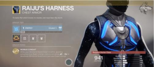 One of 'Destiny 2's' recently released Exotic in Season of the Worthy. [Image source: xHOUNDISHx/YouTube]