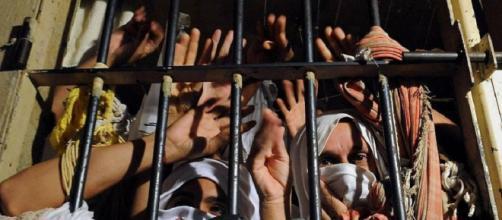 Pastoral Nacional Carcerária recomenda que presos sejam soltos para evitar contaminação em massa por coronavírus. (Arquivo Blasting News)
