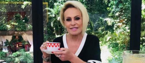 Ana Maria Braga tranquiliza os fãs diretamente de um hospital. (Reprodução/TV Globo)