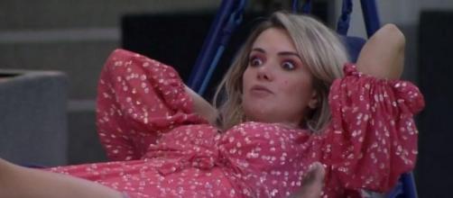 'BBB20': Marcela sai em defesa de Daniel durante conversa com Thelma. (Reprodução/TV Globo)