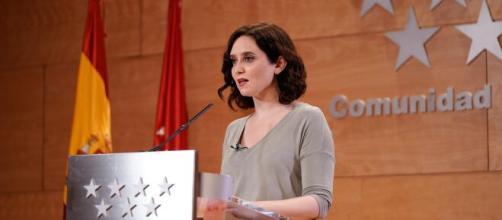 Isabel Díaz Ayuso, positivo en el test de COVID-19