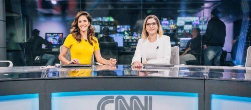 """Monalisa Perrone (esquerda) e Daniela Lima são as apresentadoras do """"Expresso CNN"""" da CNN Brasil. (Arquivo Blasting News)"""