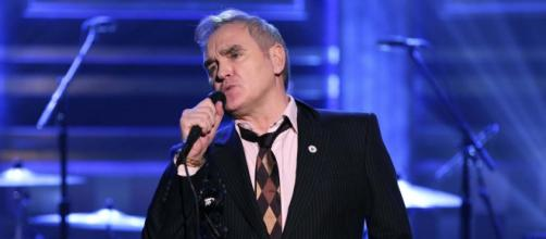 Nonostante l'emergenza il cantante Morrisse.y e altri artisti hanno tenuto concerti nel Regno Unito