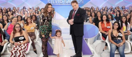 Patrícia Abravanel esteve com a filha Jane no Programa Silvio Santos. (Reprodução/SBT)