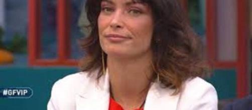 Gf Vip, stop anticipato: Fernanda Lessa vuole festeggiare, sdegno dei suoi coinquilini.