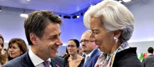 Gianluigi Paragone non si fida delle promesse dall'Ue all'Italia